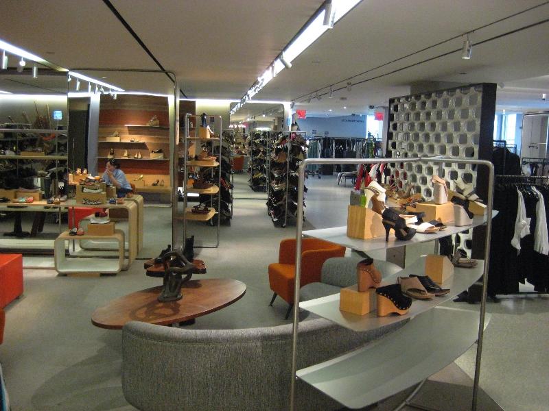 bergdorf-goodman-5th-floor-shoes