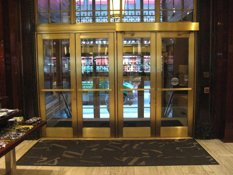 saks-fifth-ave-exterior-doors-vestibules-03